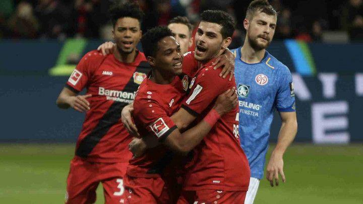 Leverkusen rutinski protiv Mainza, Kodro ni na klupi