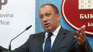 Igor Crnadak se zbog zastave s ljiljanima na trofeju Lige Evrope žalio UEFA-i