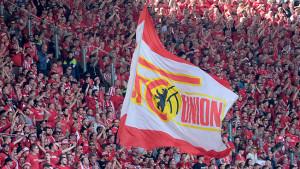 Rušila ga vlast, navijači davali krv da ga spase, a večeras slavi prvi plasman u Bundesligu