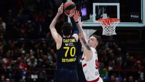 Armani sjajnim nastupom nanio novi poraz Fenerbahceu, Baskonia razbila Olympiacos
