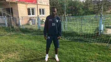 Kamerunac Arnold Belibi na probi u NK Vitez