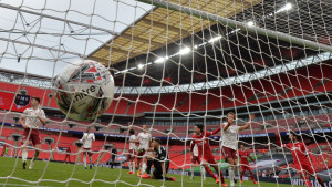 Englezi pomjeranjem termina meča Liverpool - Arsenal pokazali značaj navijača!
