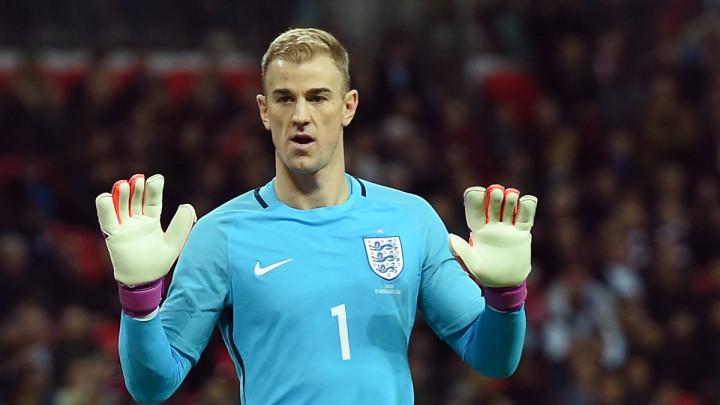 """U West Ham dovode golmana samo da pokažu Hartu koliko je """"propao"""""""