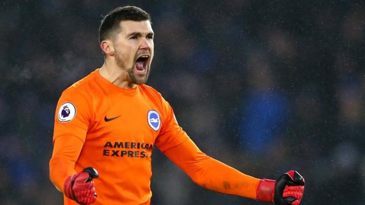 Ustanite i naklonite se golmanu Brightona!