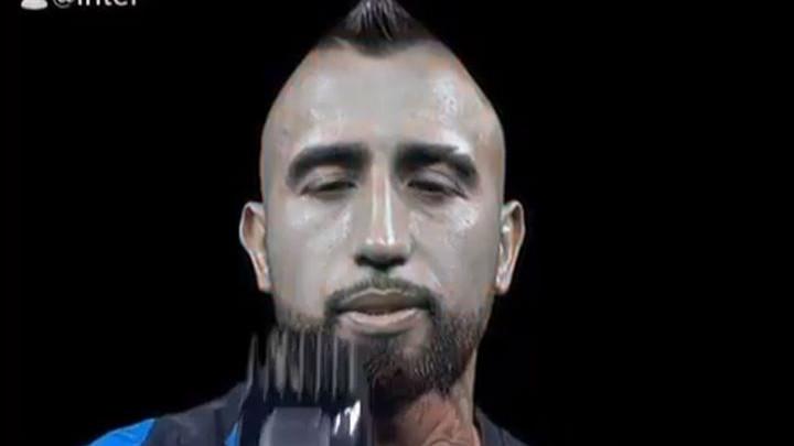 Vidal na zvaničnom predstavljanju uzeo mašinicu u ruke i šokirao fanove