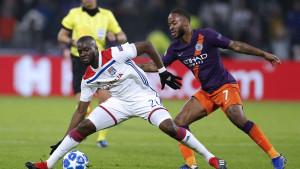 Bayern želi posuditi dvojicu francuskih veznjaka