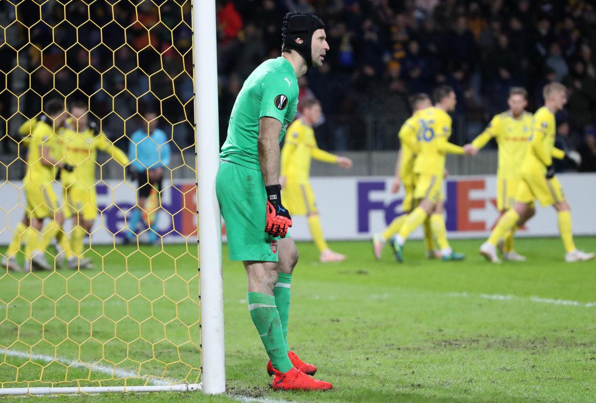 Chelsea registrovao Petra Čecha za utakmice Premier lige, Liverpool nije Van Dijka