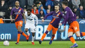 City uz pomoć sumnjivih sudijskih odluka napravio veliki preokret i prošao u polufinale