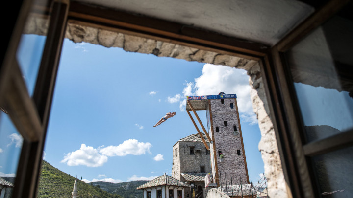 Svjetska elita cliff divinga danas stiže u Mostar