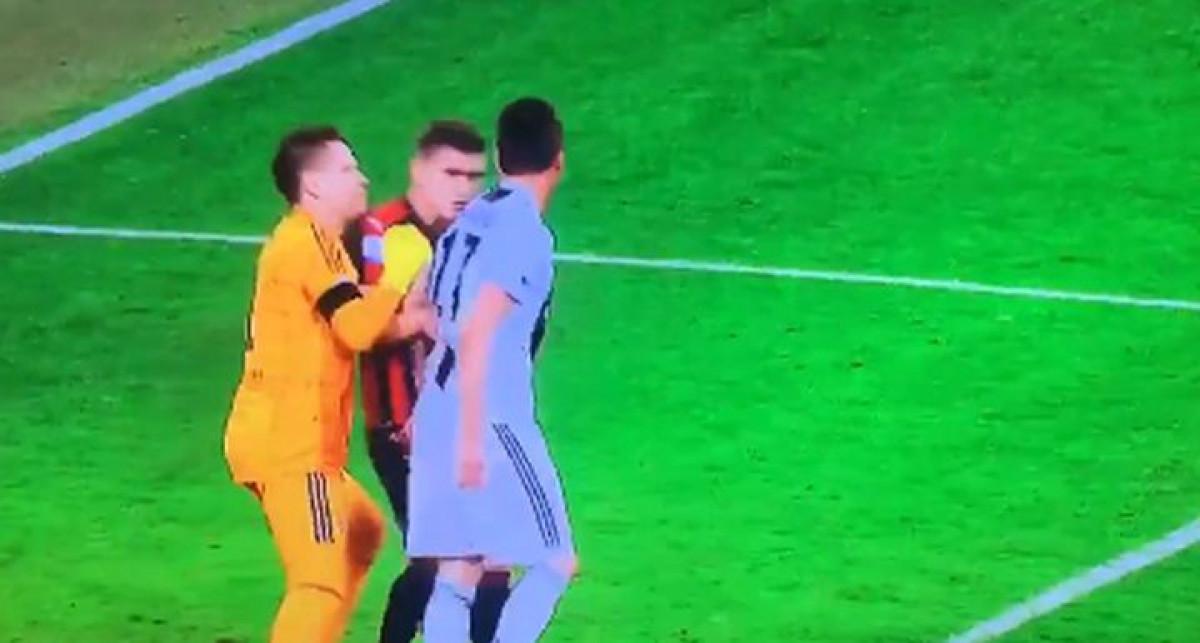 Prljav potez Mandžukića: Napadača Juventusa očekuje suspenzija zbog udaranja Romagnolija