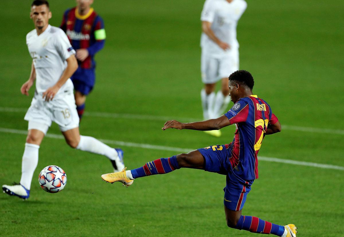 Barcelona s igračem manje do petarde protiv Ferencvaroša, neočekivan poraz Borussije u Rimu