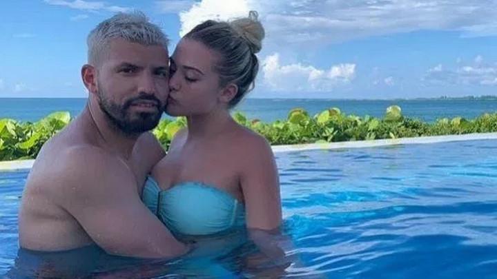 Aguero na Bahamima predstavio novu djevojku: Zbog fotografija u bazenu mu zavide svi