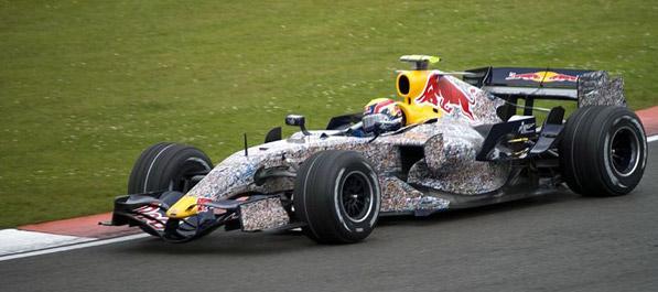 Mark Webber ostaje u Red Bullu