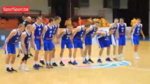 Bravo, bravo, bravo: Mladi košarkaši su znali proslaviti povratak u A diviziju