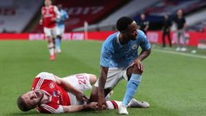 Mustafi propušta finale FA kupa i početak nove sezone