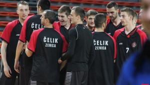 Košarkaši Čelika bez pola tima dočekuju Konjic
