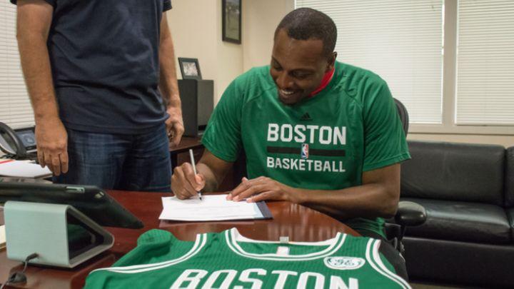 Paul Pierce potpisao jednodnevni ugovor sa Bostonom