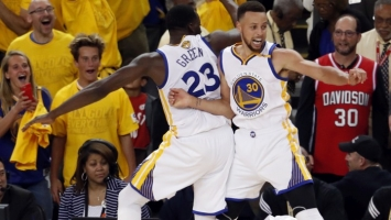 Curry protiv Minnesote najavio spektakularnu sezonu