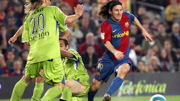Lionel Messi je na današnji dan prije 13 godina ostavio cijeli svijet bez teksta svojim golom