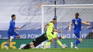 Nestvaran poraz Leicestera u najgorem trenutku: Newcastle ih razbio i ostao u Premier ligi