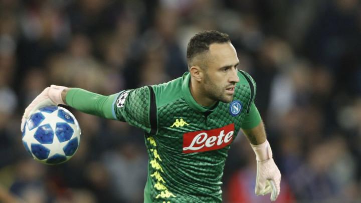 Arsenal želi prodati Ospinu Napoliju