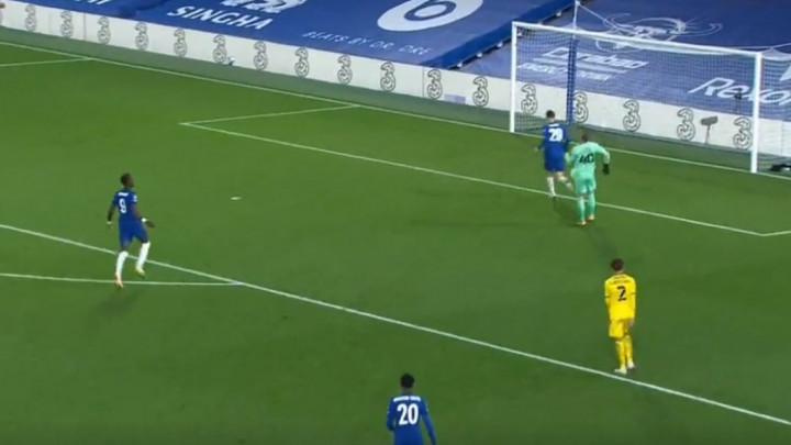 Havertz je večeras zabio hat-trick, ismijao je golmana lukavim potezom i ušetao se u gol