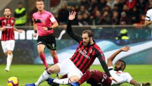 Očajno izdanje Milana, Torinu bod na San Siru