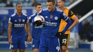 Vardy golom sa bijele tačke vratio Leicester na prvo mjesto