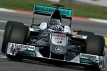 Mercedes strijepi pred početak nove sezone