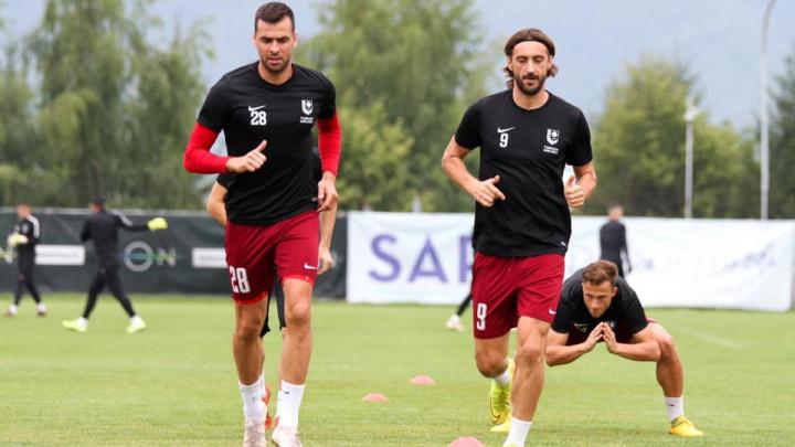 Ahmetović odradio novi trening, očekuje se potpis Fanima