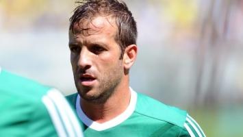 Tone sve dublje: Van der Vaart blizu novog transfera