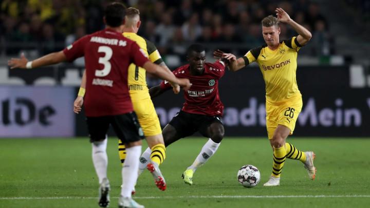 Skromna fudbalska predstava Hannovera i Borussije Dortmund