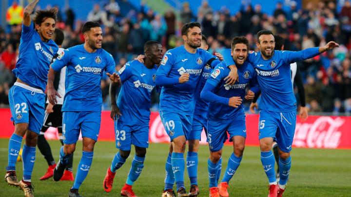 Šta se dešava u Madridu? Sedam žutih, dva penala i isključenje za 45 minuta!