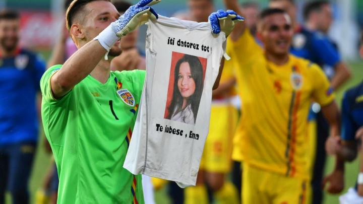 Srceparajuća priča rumunskog golmana: Zašto uvijek sa sobom ima posebnu majicu?