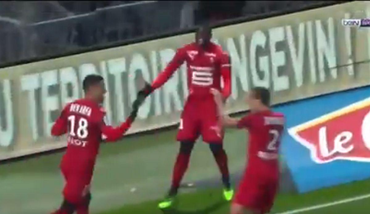 Ben Arfa možda nije najbolji igrač svijeta, ali koliko njih može postići ovakav gol?