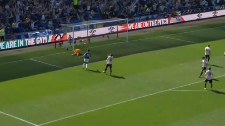 United je pred porazom nakon samo 28 minuta igre