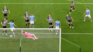 Spektakl Newcastlea i Manchester Cityja na St. James Parku