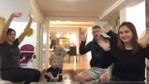 """Zabava u porodici Džeko: Dječija pjesma """"Baby Shark"""" uz posebnu koreografiju"""