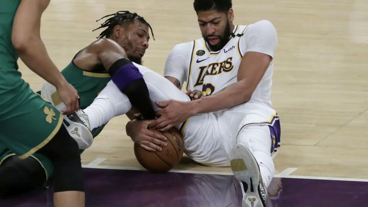 Napušta li Davis Lakerse nakon samo jedne sezone?
