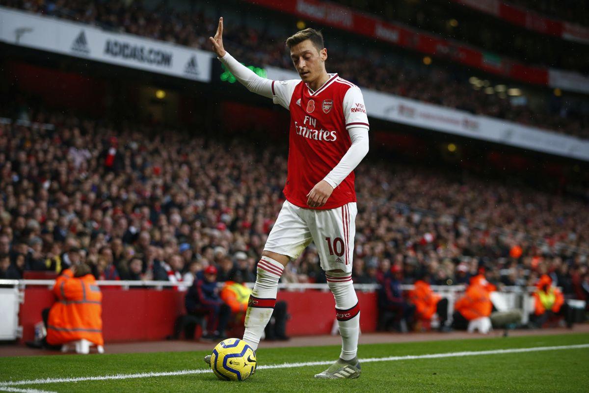 Ozil ne može više da trpi nepravdu i sve je javno rekao: Ne daju mi da igram za Arsenal