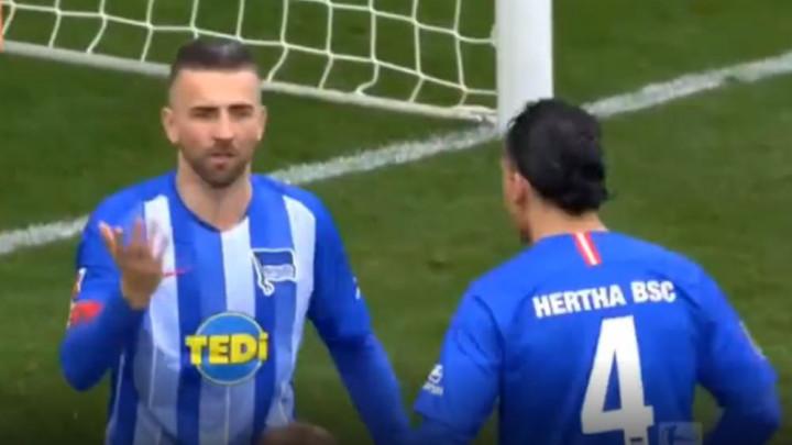 Vedad Ibišević se u tri minute od junaka pretvorio u tragičara Herthe