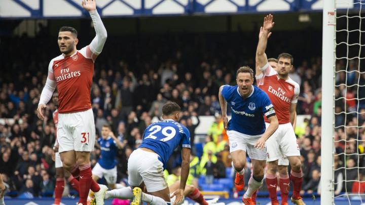 Everton na Goodisonu srušio Arsenal, Kolašinac odigrao samo prvo poluvrijeme
