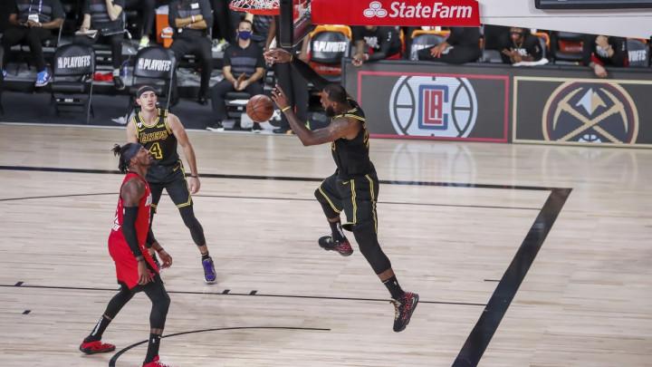 Bucksi dramatično ostali u životu, Lakersi izjednačili