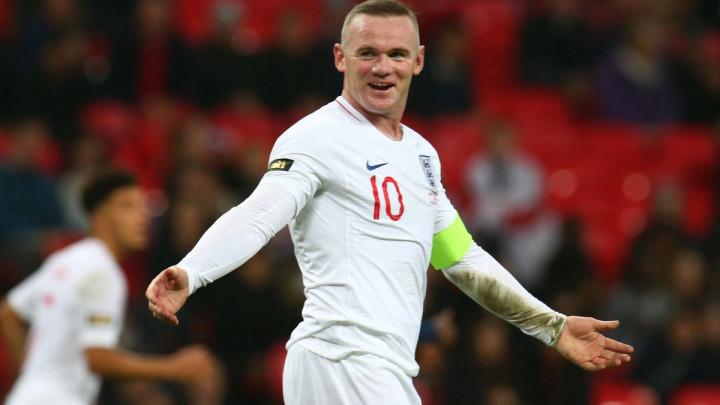 Wayne Rooney se večeras vraća na teren?
