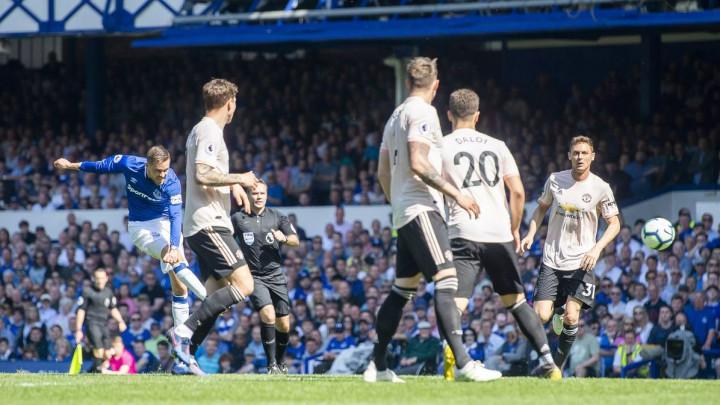 Đavolima zabija ko stigne: Odbrana Uniteda ne pamti gori niz