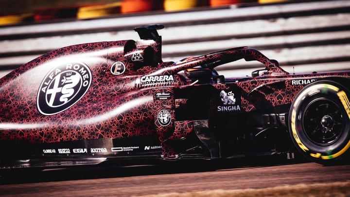 Ljubavna priča: Alfa predstavila novi F1 bolid!