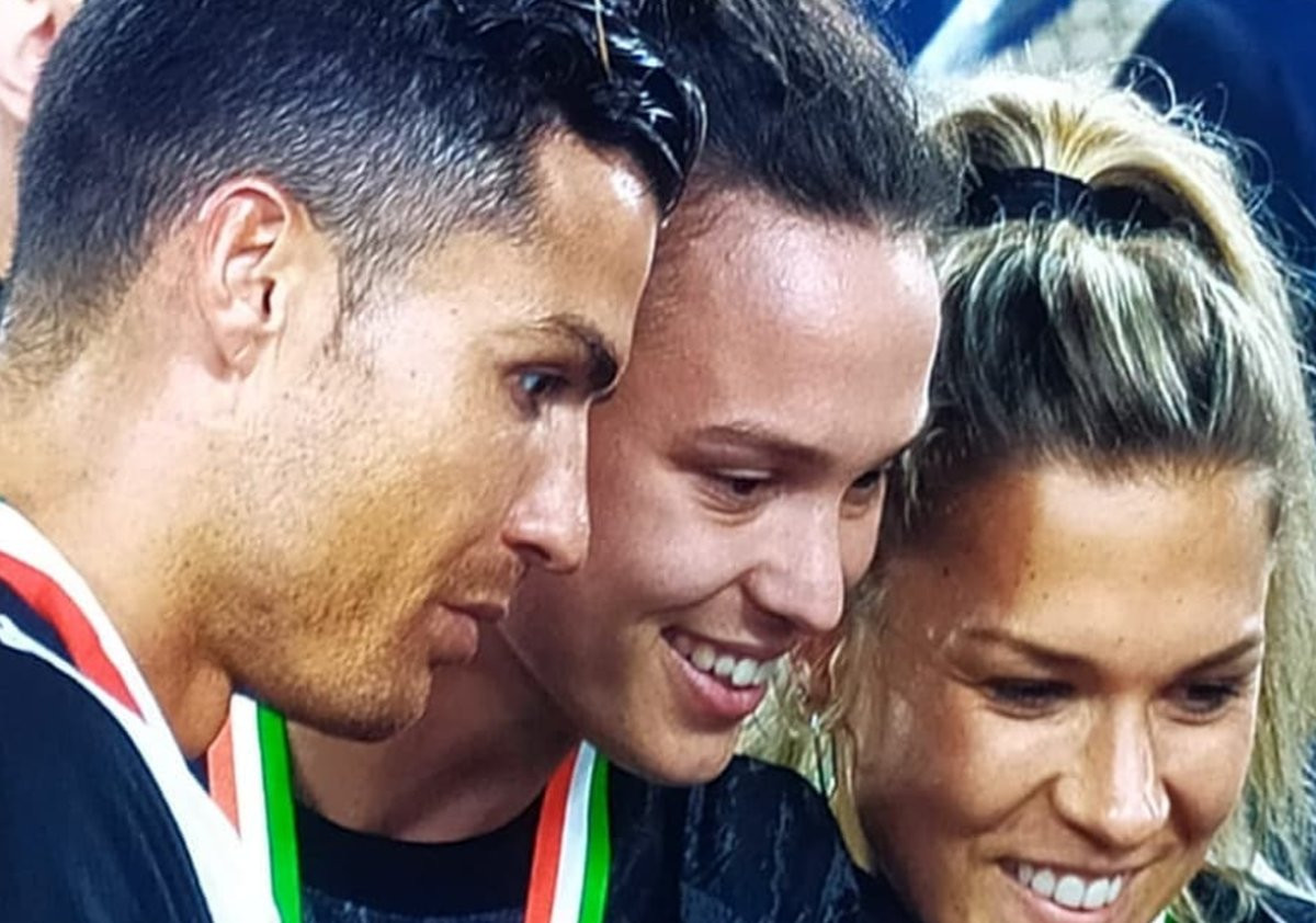 Ko je mlada djevojka iz Neuma koja je jučer slavila s Ronaldom Scudetto?
