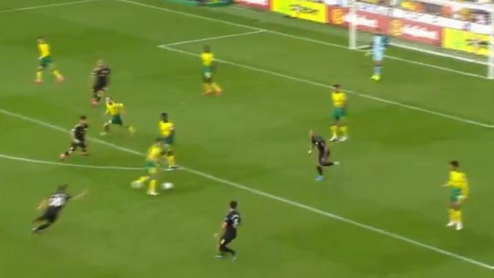 Pep na ovo nije navikao: Norwich igrao kao nekad njegova Barca, Cityjevi igrači bespomoćno gledali