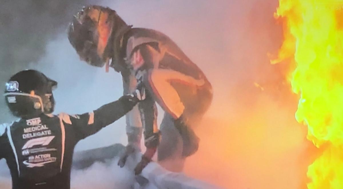 Nestvarne slike Grosjeana dok bježi iz zapaljenog bolida: Samo je čudo spasilo ovog vozača