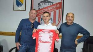 NK Zvijezda misli na budućnost: Potpisan ugovor s četvoricom talentovanih igrača